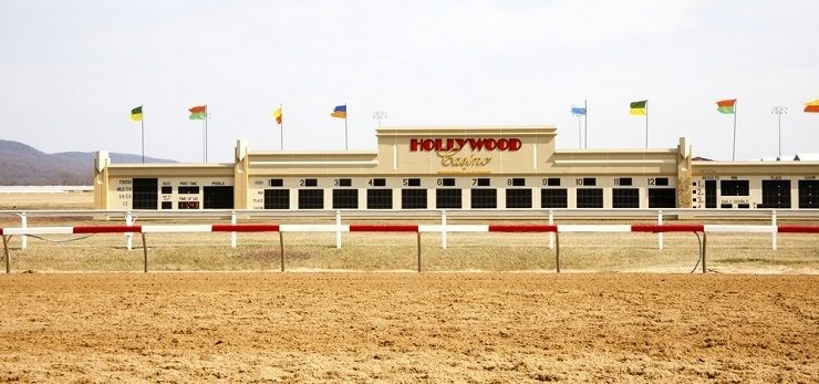 Hollywood Casino racetrack