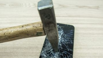 hammer crushing phone