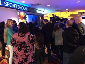 fanduel sportsbook pre-opening crowd
