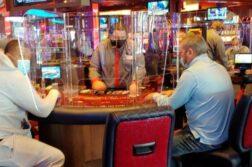 live! mini-casino table