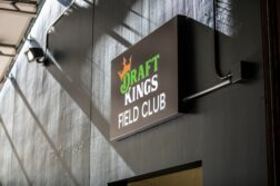 Sign-DraftKings-Field-Club-Eagles