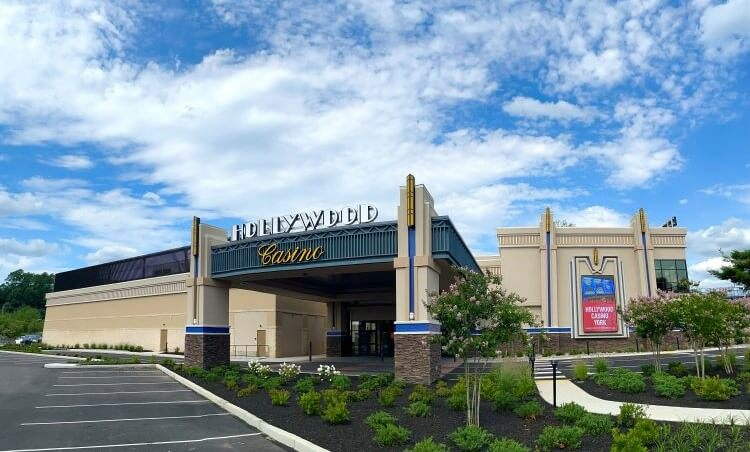 hollywood casino york
